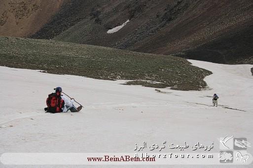 سُر خوردن روی برف تابستانی - بازگشت از قله پاشوره